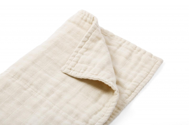 Introducing our Organic 6 layer Muslin Squares  Our muslin square is made of 6 layers of organic loosely-woven muslin cloth, allowing them to absorb and dry quickly.  Perfect for feeding and wiping down your baby. #thepetitsoldier #thepetitsoldierhk #babymuslin #newborn #mumtobe2019 #newborngift #organic #organiccotton #primarycotton. #unbleached