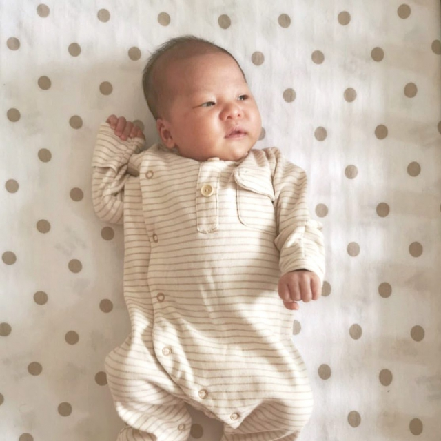 Our Friday Baby Feature with Baby Claude in our Petit Soldier Sleepsuit. #thepetitsoldier #thepetitsoldierhk #organicbaby #newbornbaby #organicbabywear #organiccotton #babysleepsuit #mumtobe2019 #sustainablebaby #thepetitsoldierbaby