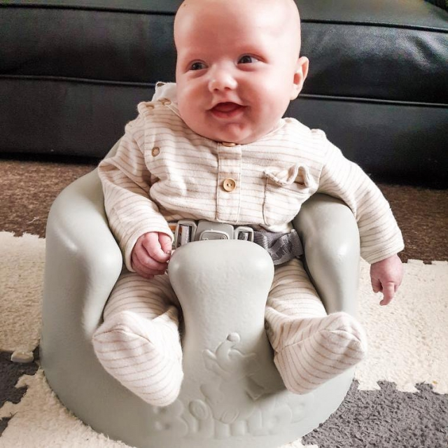 Happy Friday all from our Friday baby Roy @mythree.and.me wearing @thepetitsoldier Sleepsuit. Our Organic Primary Cotton Sleepsuits are soft and unbleeched, giving you and your baby a better nights sleep. #organicbaby #organicbabywear #thepetitsoldier #newborn #babywear #organiccotton #babysleep #babysleepsuit #thepetitsoldierbaby